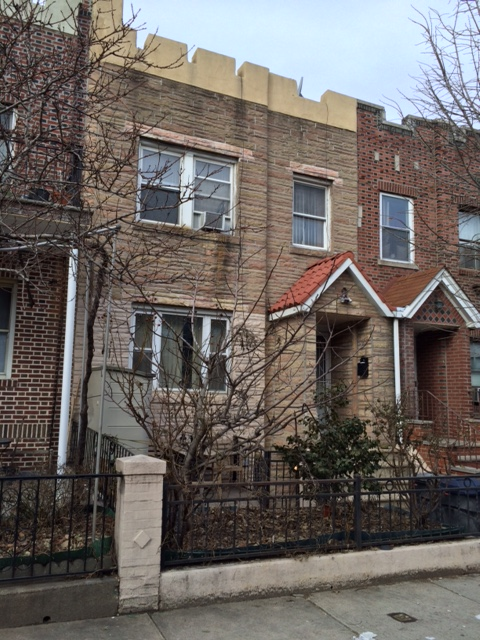 ASTORIA, NY 10 Rooms 1 family, Colonial (3 bed. 3 bath.)